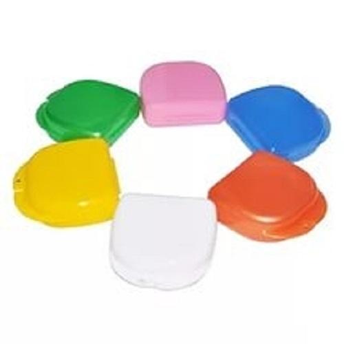 Бокс пластиковый для хранения съемных конструкций (разные цвета)