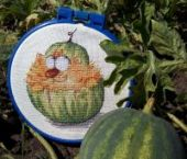 "Cross stitch pattern ""Tum-Melon""."