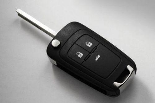Ключ выкидной для автомобиля Chevrolet Cruze