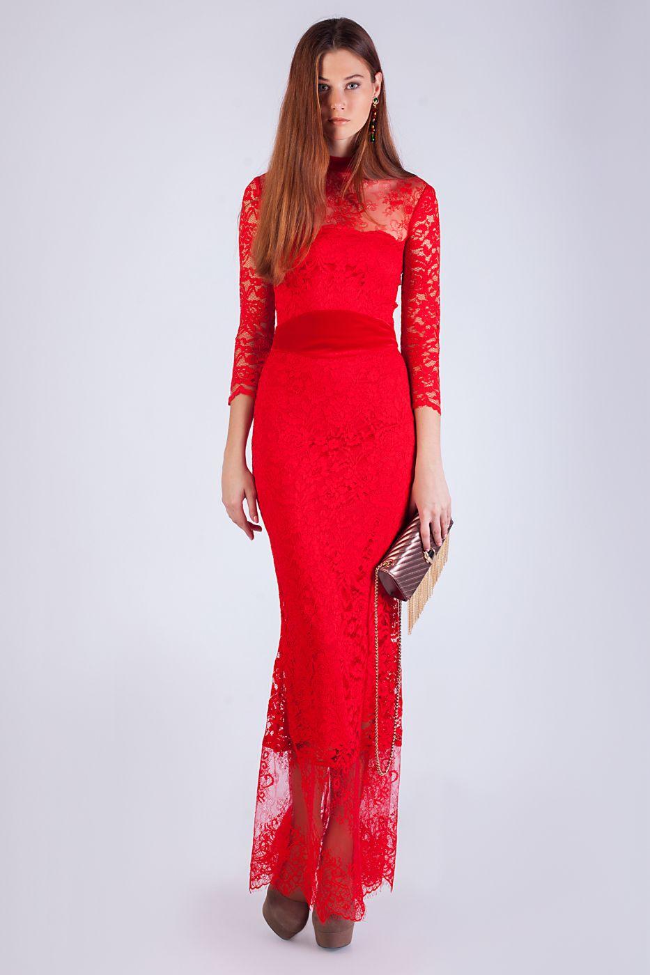 Кружевное красное вечернее платье