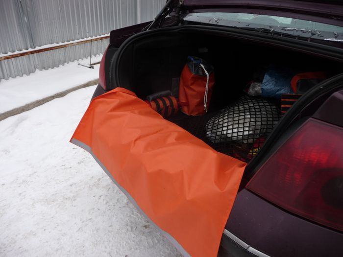 Накидка на задний бампер автомобиля 70*100см