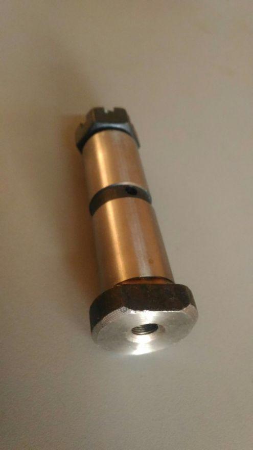 Палец рессорный d28x88x120 ( арт. SP-04 ) Nissan Diesel