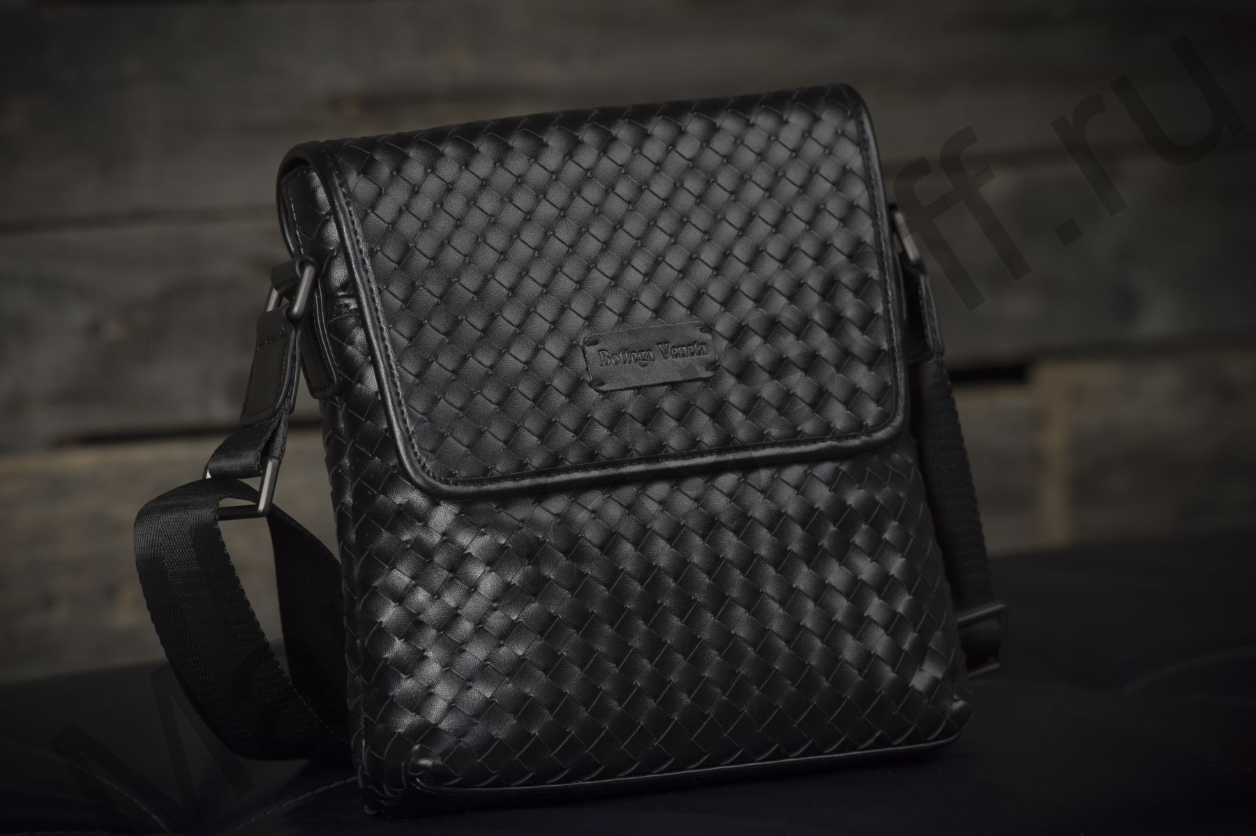 копии мужская сумка bottega veneta