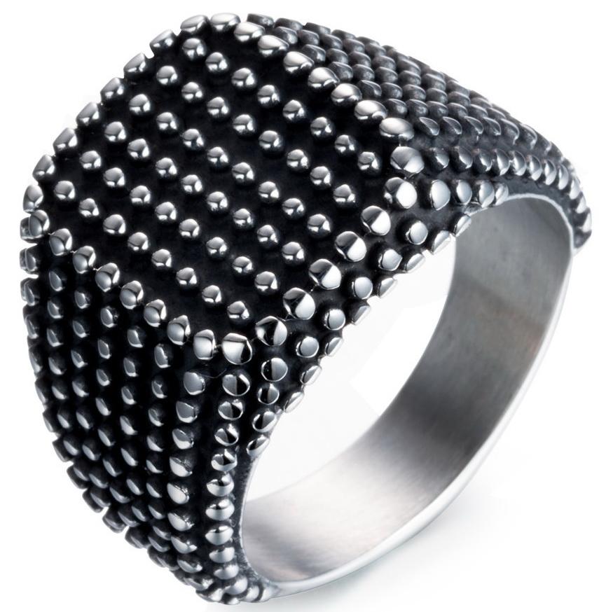 Стальной перстень с чернением