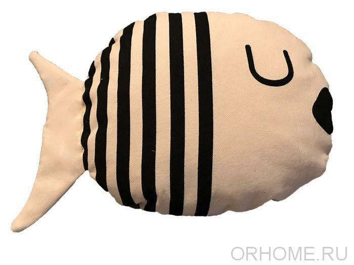 """Декоративная подушка """"Рыбка в полоску"""""""