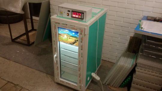 Инкубатор ТЖУ- 616 с термографом.