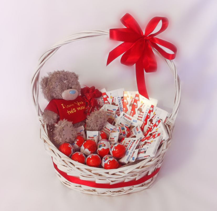 Корзина подарочная Сладкий медвежонок