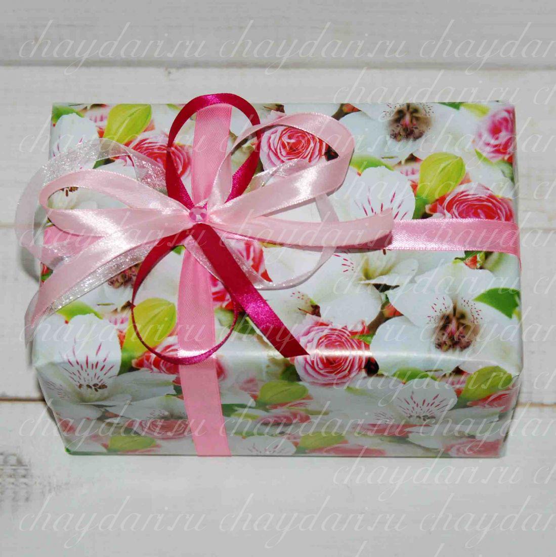 """Коробка с чаем, медом и шоколадом """"Весенний день"""""""