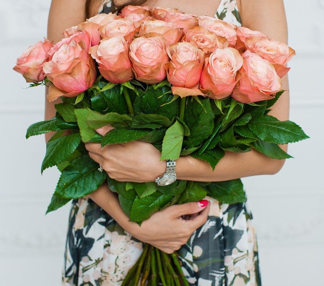 25 роза Kahala
