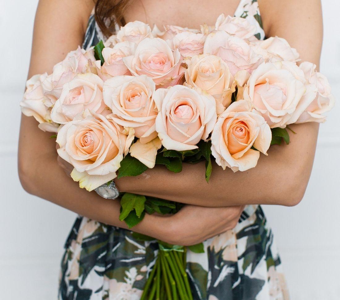 21 роза Favourite