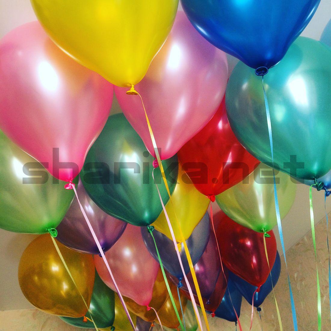 Облако из разноцветных воздушных шариков МЕТАЛЛИК