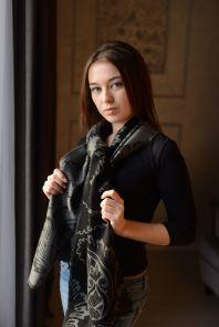 шотландский шарф 100% шерсть мериноса средней плотности ,  расцветка  Крупный Пэйсли -Серебристо- черный , BOLD PAISLEY Black and grey.  плотность 5