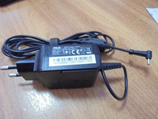 Адаптер питания для ноутбука ASUS 19v 1.58A