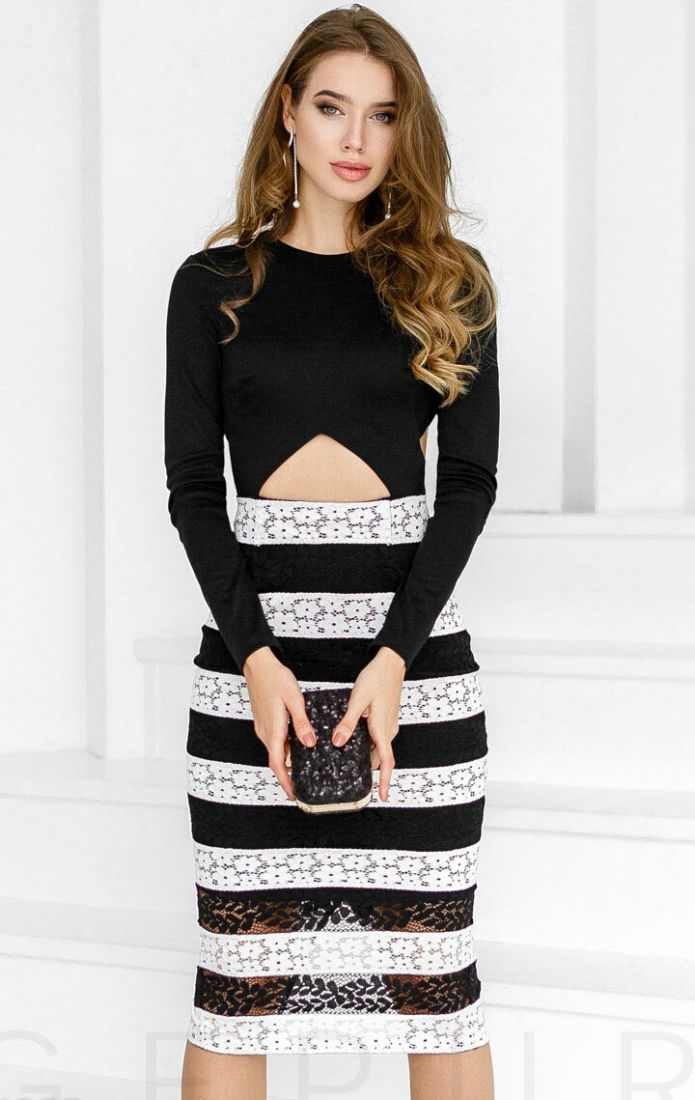 Изящное трикотажное платье