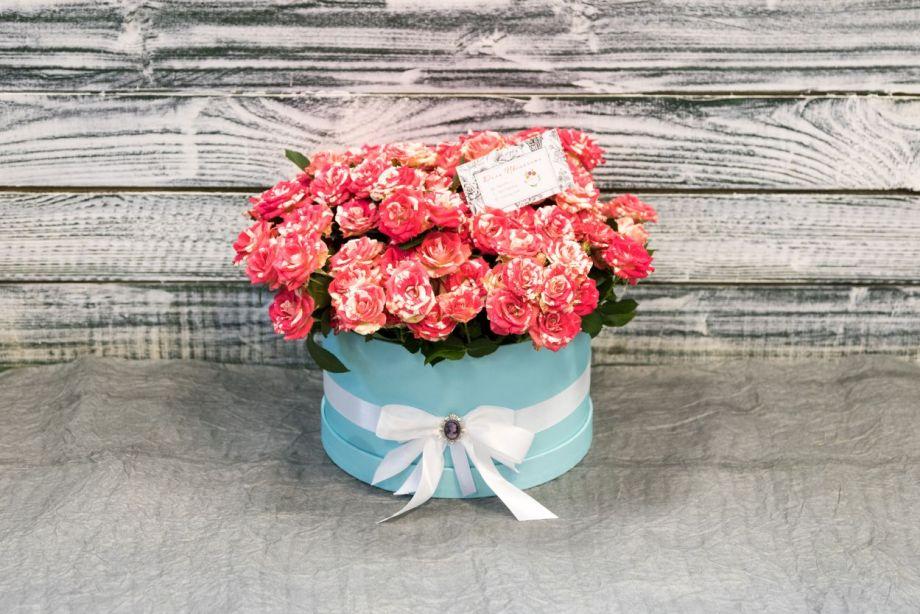 """Коробка с розами """" Тиффани"""""""