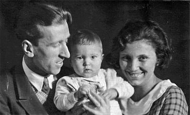С первой женой Эдвардой и сыном Юрой