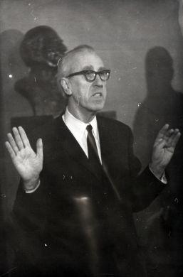 Беседа в Третьяковской галерее,  1960-е гг.