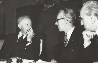 Конкурс им. Ф.Шопена, Варшава, 1960 г. Слева направо - А.Рубинштейн, Д.Кабалевский, Х.Штомпка
