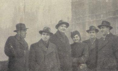 Лондон, 1946 г. Слева направо - Д.Кабалевский, Э.Гилельс, М.Рейзен, Н.Гусельникова, И.Безрродный, Д.Ерохин