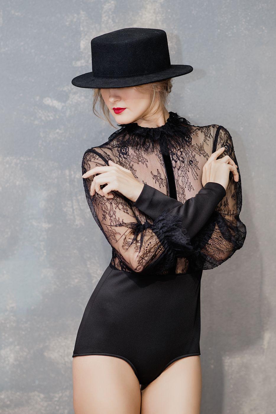 Боди с длинными рукавами под платье