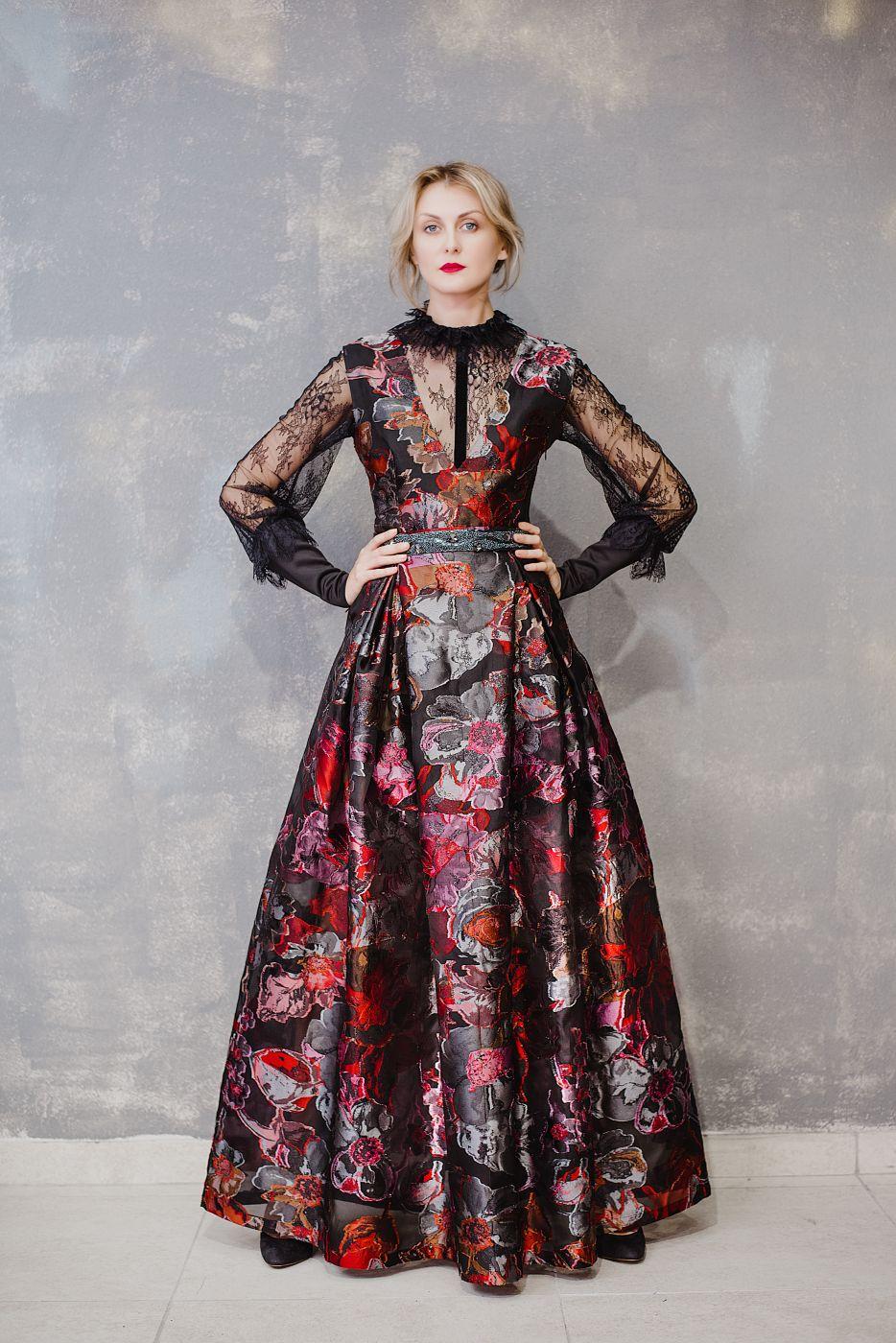 Вечернее платье из органзы