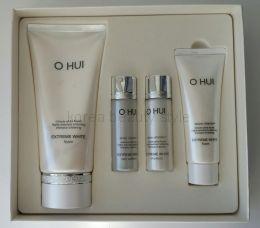 O HUI EXTREME WHITE foam special set  - Подарочный набор с полноразмерным экземпляром пенки для умывания EXTREME WHITE snow vitamin™ (160 мл)   от бренда O HUI.