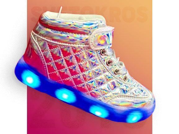 Светящиеся кроссовки 6