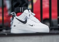 NIKE AIR FORCE 1 '07 LV8 UTILITY WHITE