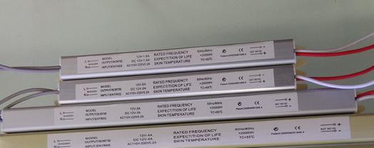 Ультра-тонкие блоки питания для светодиодов. 12 Вольт  18, 24, 36, 48, 60, 72 Ватт