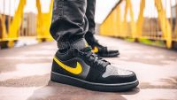 AIR JORDAN 1 LOW  Black Yellow