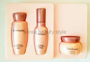 "Sulwhasoo Bloomstay Vitalizing  kit (3 items)   - Набор из 3-х  миниатюр антивозрастных средств  с антиоксидантами ""Оживляющее цветение"" от бренда Сульхвасу"
