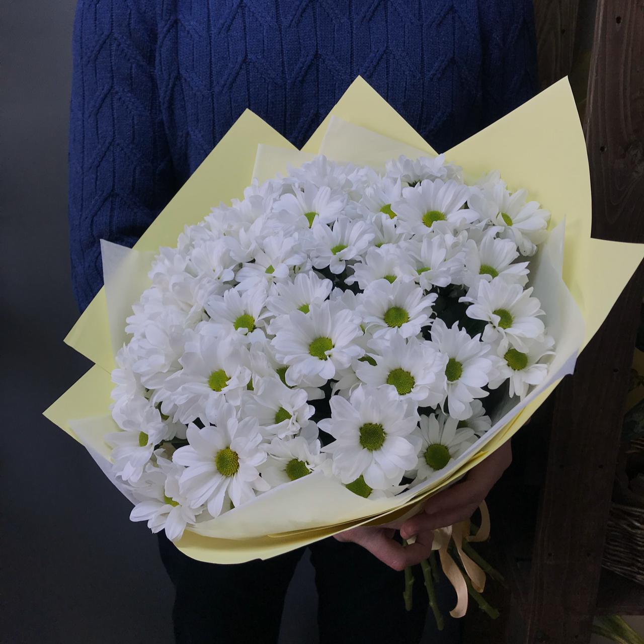 Букет из 11 хризантем