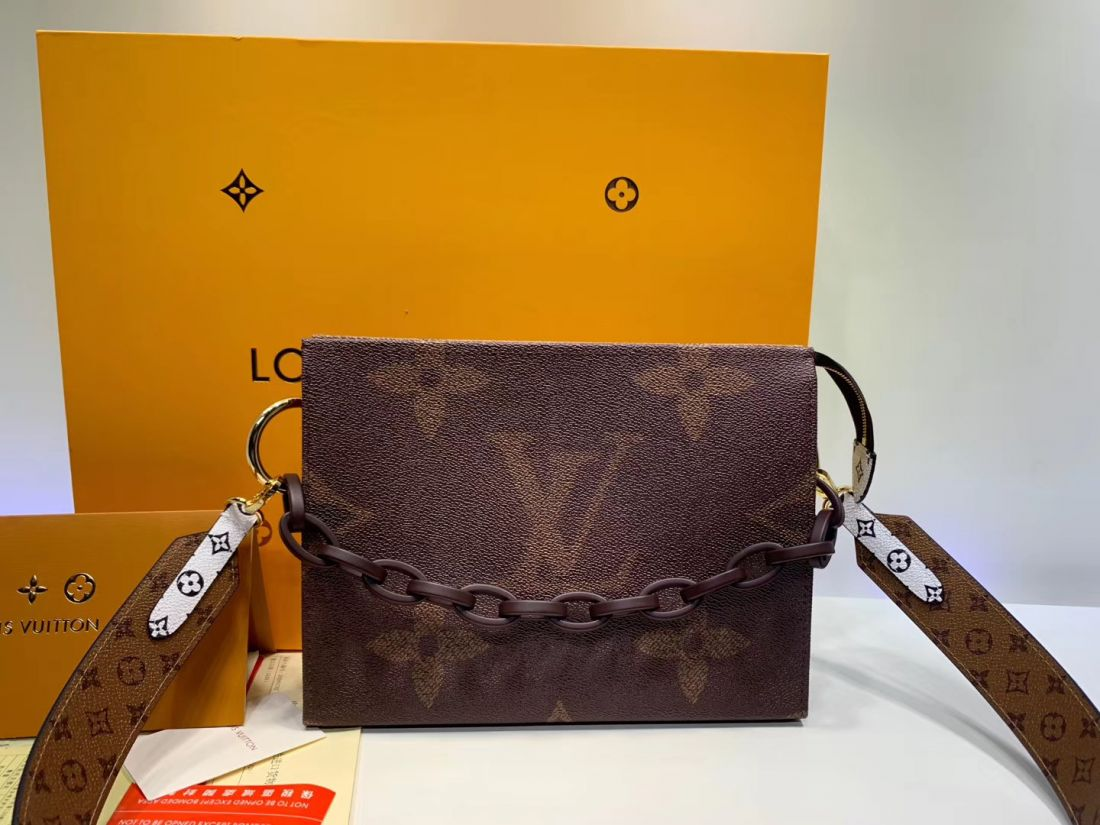 Клатч Louis Vuitton Toilet Pouch
