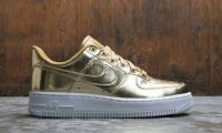 NIKE WOMEN AIR FORCE 1 SP GOLD