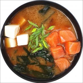 Мисо суп с лососем терияки