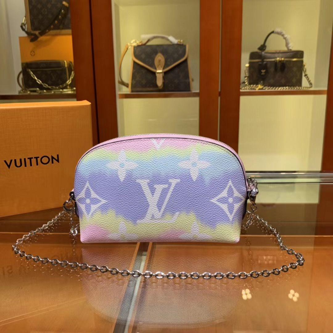 Косметичка Louis Vuitton Escale на цепочке