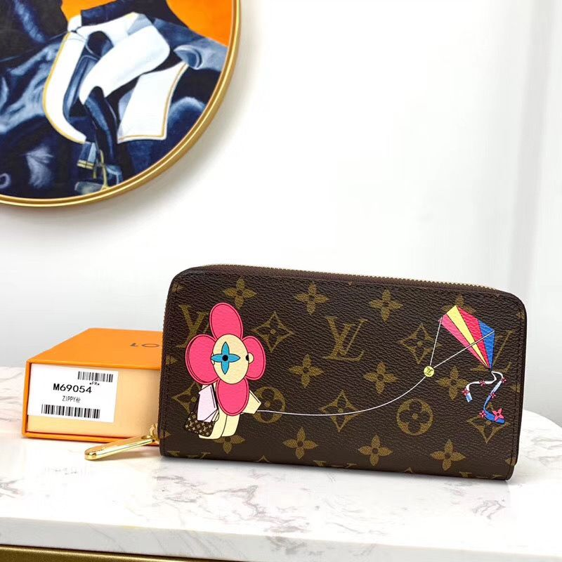 Кошелек Louis Vuitton Zippy