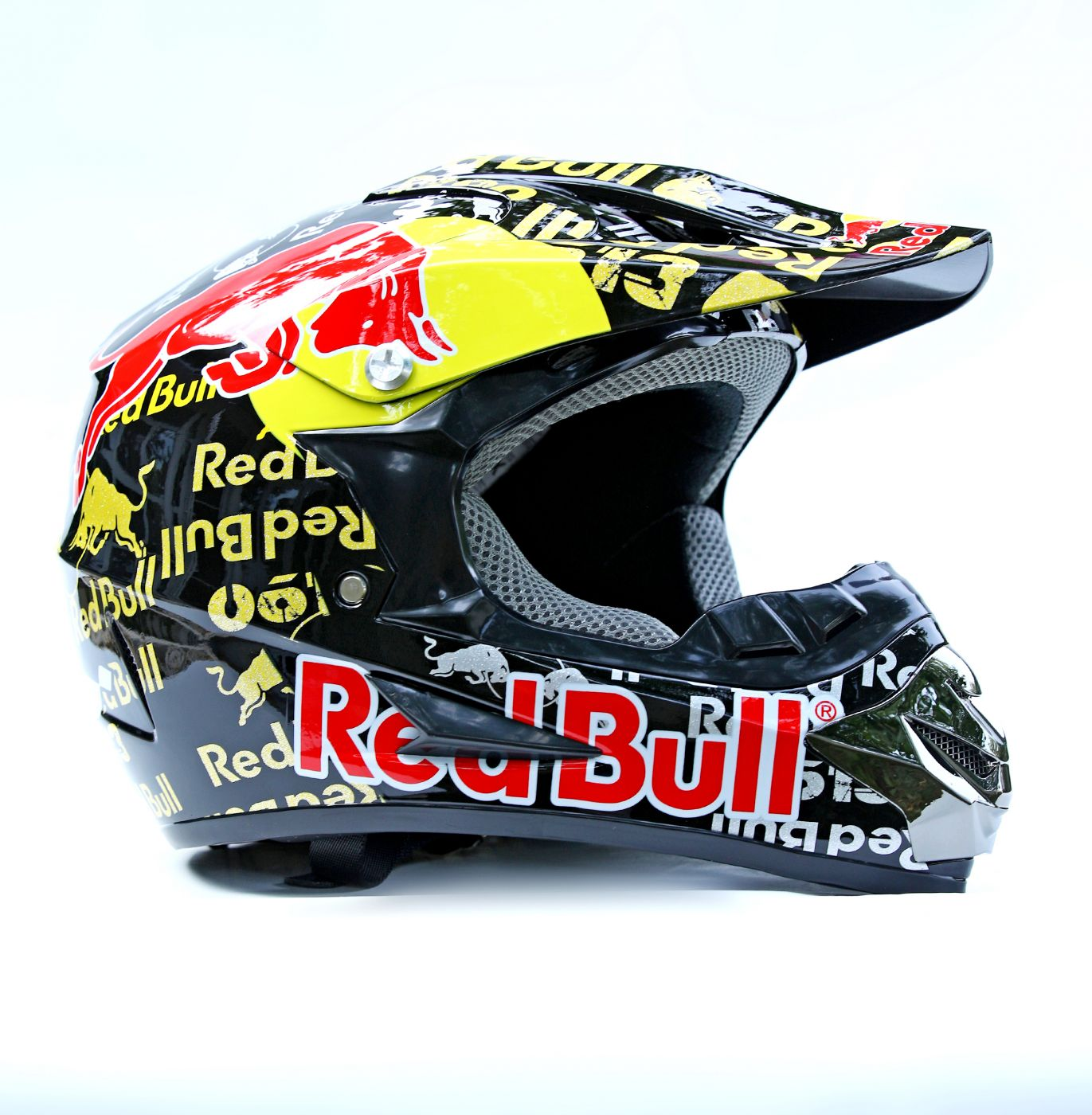 Шлем кроссовый Red Bull
