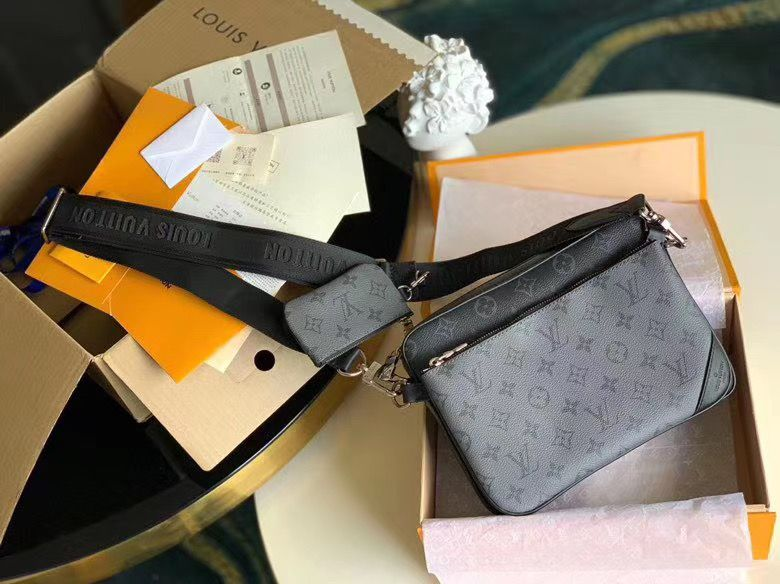 Louis Vuitton Pochette Trio 25 cm