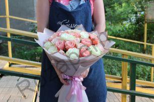 21 роза с оформлением