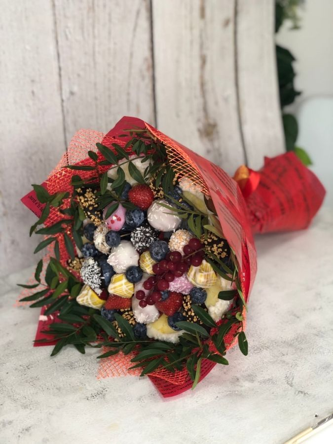 Букет из фруктов в шоколаде №9