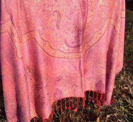 Красивейшая индийская шаль сиреневого цвета (Москва)