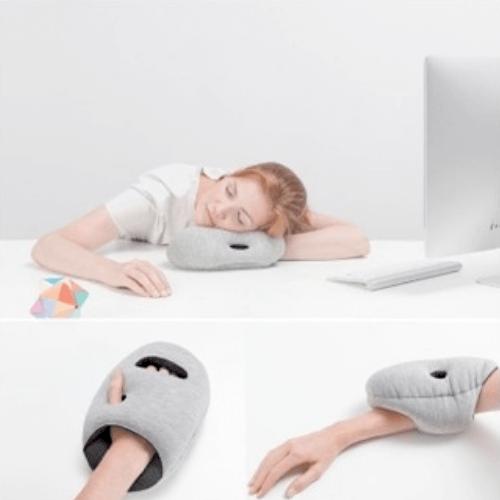 Подушка под руку для сна Napping Pillow