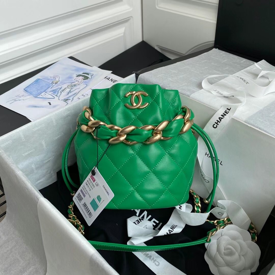Chanel 19x16x13 cm
