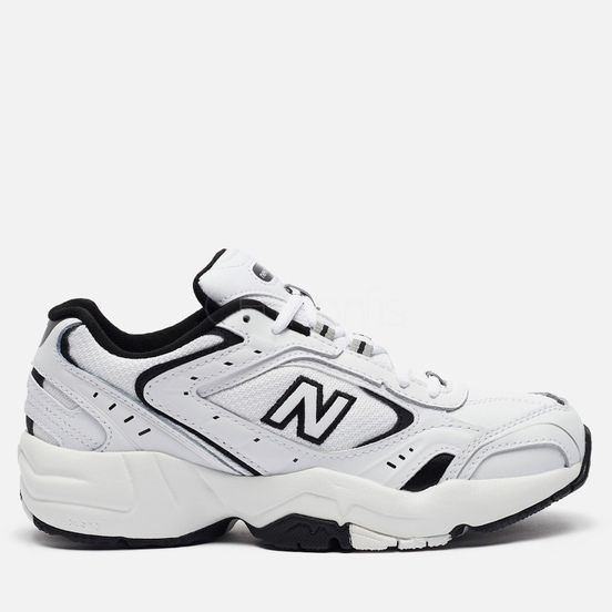 New Balance 452 white black