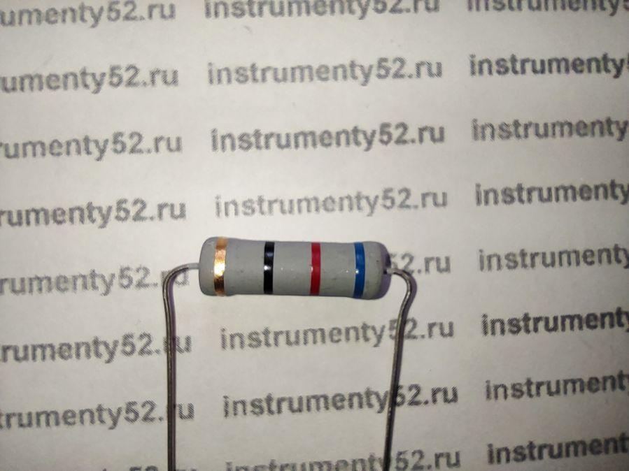 Резистор KNP-5W 62 Ом