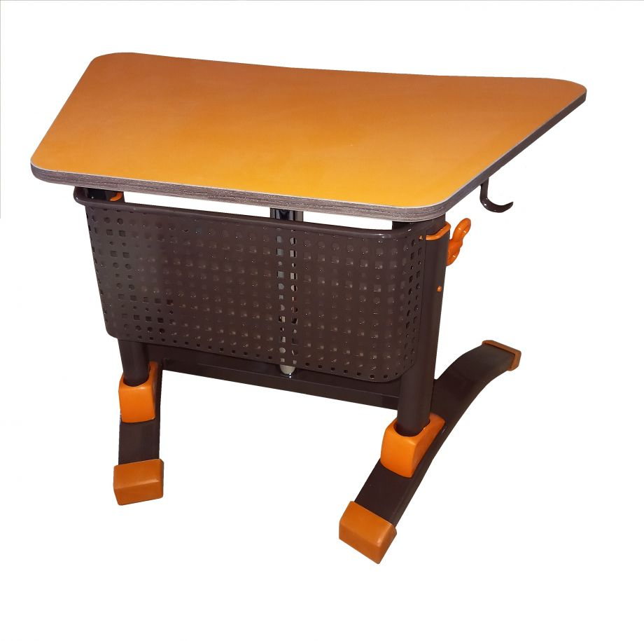"""Стол ученический """"Ламифорка - 1"""" трапеция регулируемый, объемный фронтон, с регулировкой наклона столешницы"""