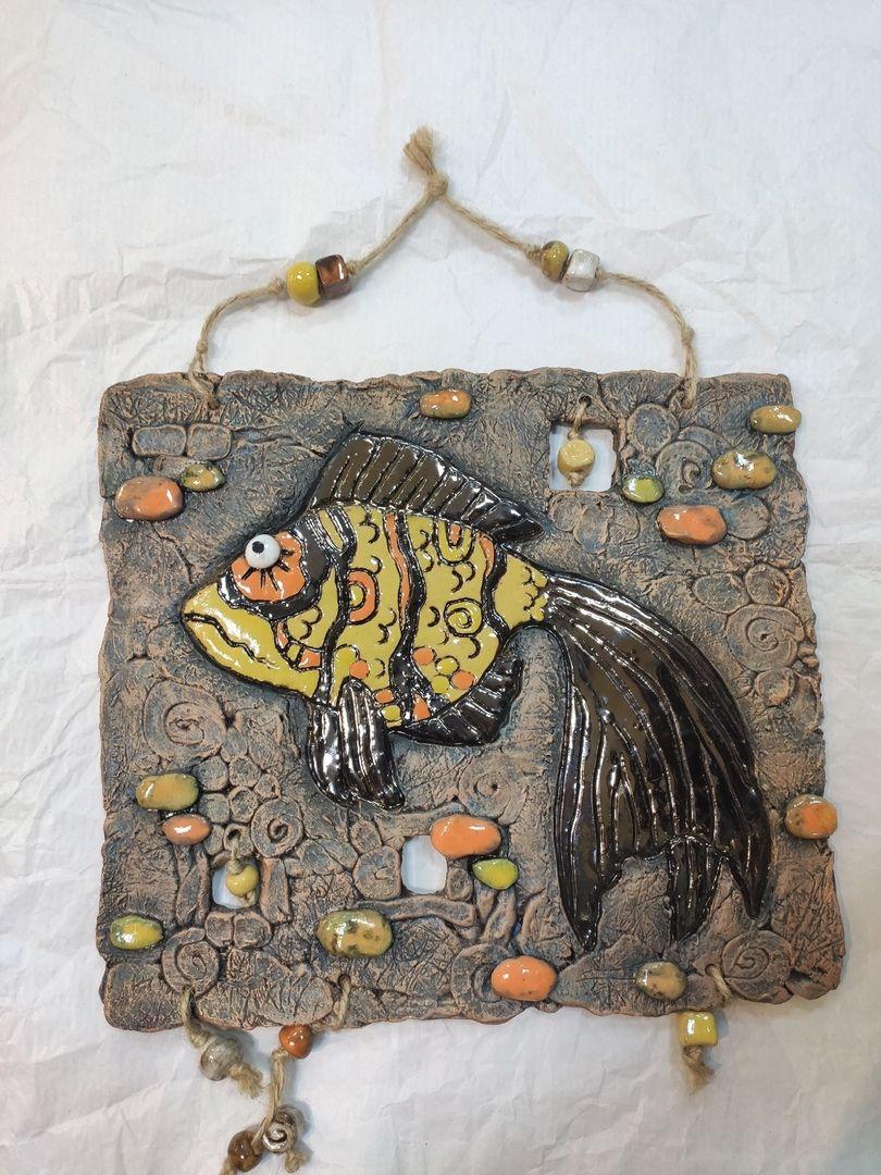"""Керамическое панно """"Золотая рыбка""""."""