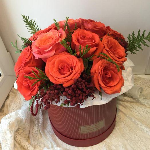 Розы в цилиндре на Новый год