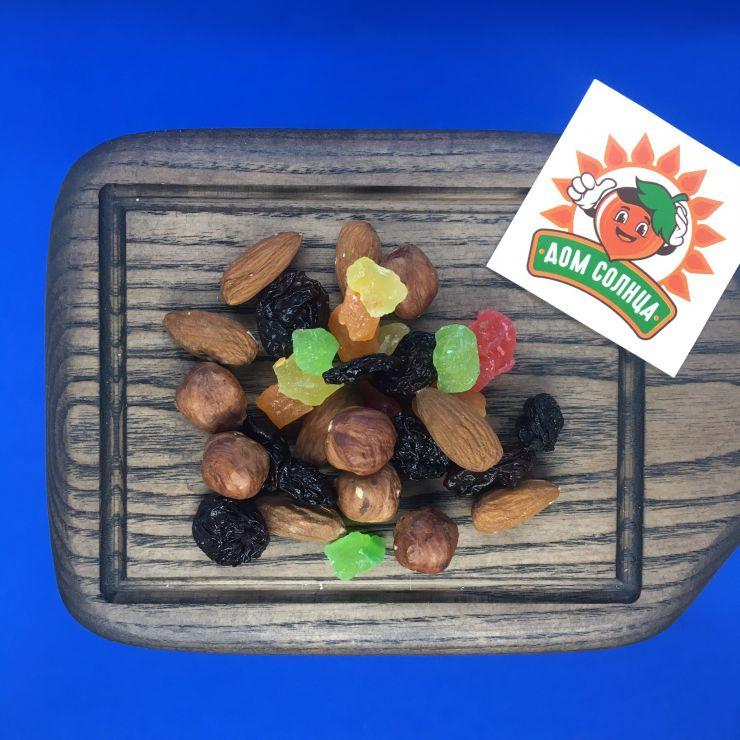 Коктейль фруктово-ореховый №3, 1 кг